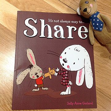 cocuklar-icin-kitap-onerileri-it-is-not-always-easy-to-share-by-sally-anne-garland-2-yas-ve-uzeri