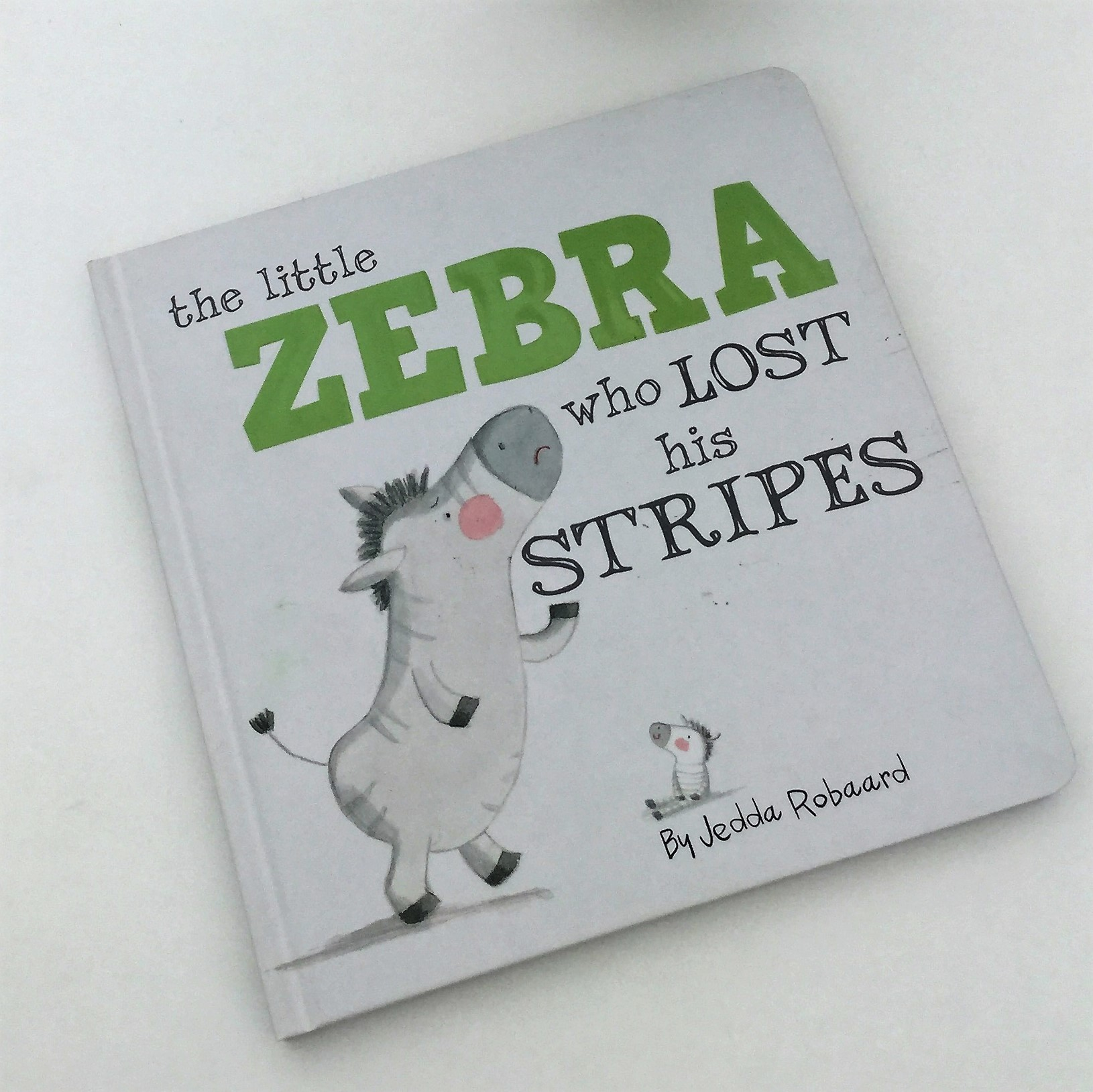 cocuklar-icin-kitap-onerileri-the-little-zebra-who-lost-his-stripes-by-jedda-robaard-1-yas-ve-uzeri